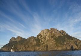 Helsal IV sailing between Tasman Island and Cape Pillar